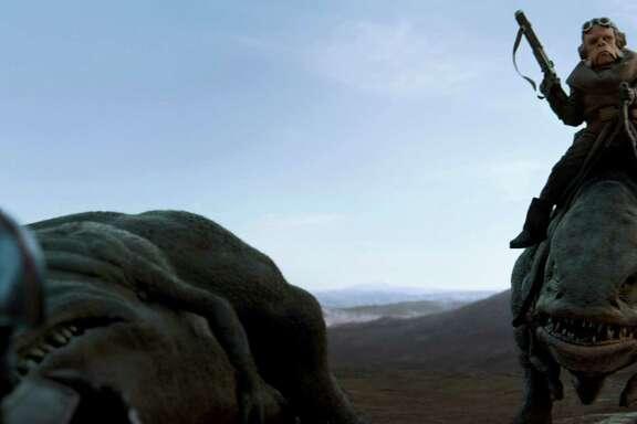 The Mandalorian (Pedro Pascal) and the Ugnaught Kuiil. MUST CREDIT: Lucasfilm Ltd.