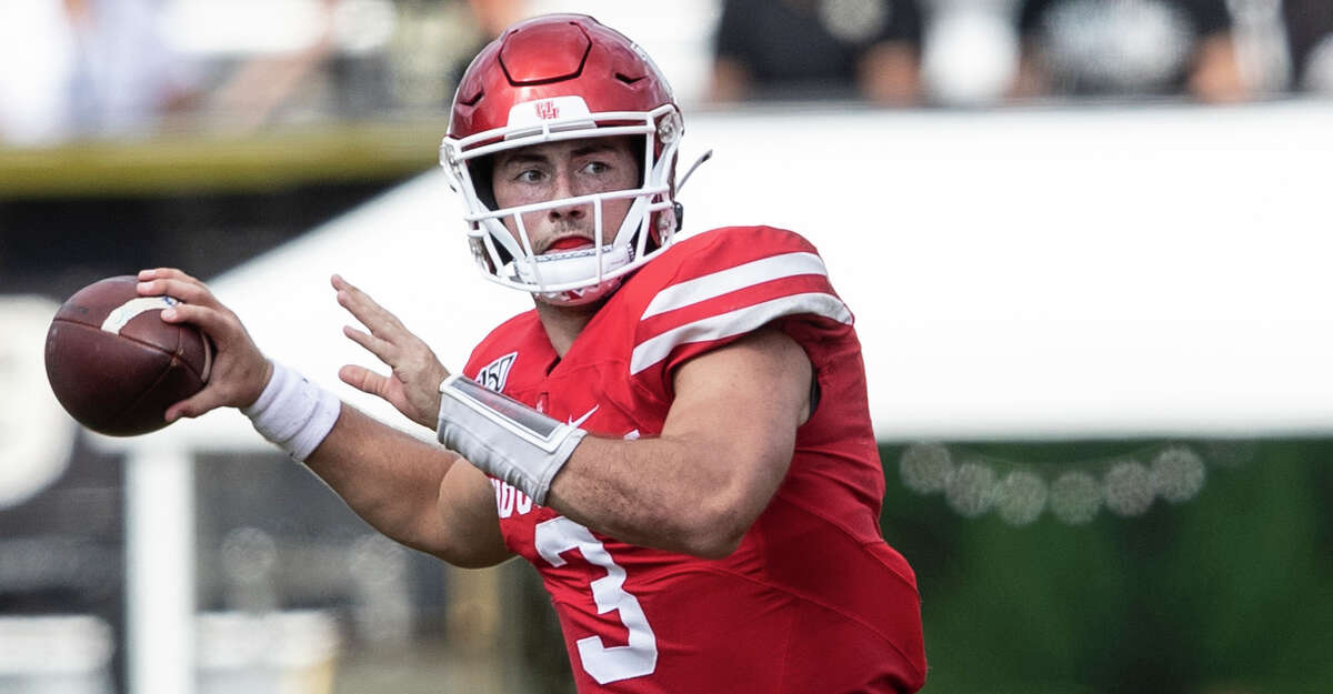 Houston quarterback Clayton Tune (3) throws the ball during the second half of an NCAA college football game against Central Florida in Orlando, Fla., Saturday, Nov. 2, 2019. Central Florida won 44-29. (Photo/Willie J. Allen Jr.)