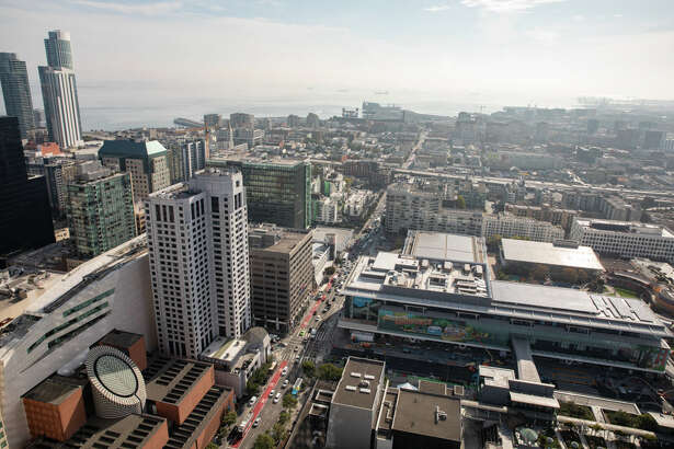 Looking down from the top of 706 Mission onto Yerba Buena Gardens and SFMOMA. | Photos: Cheryl Guerrero/ Hoodline