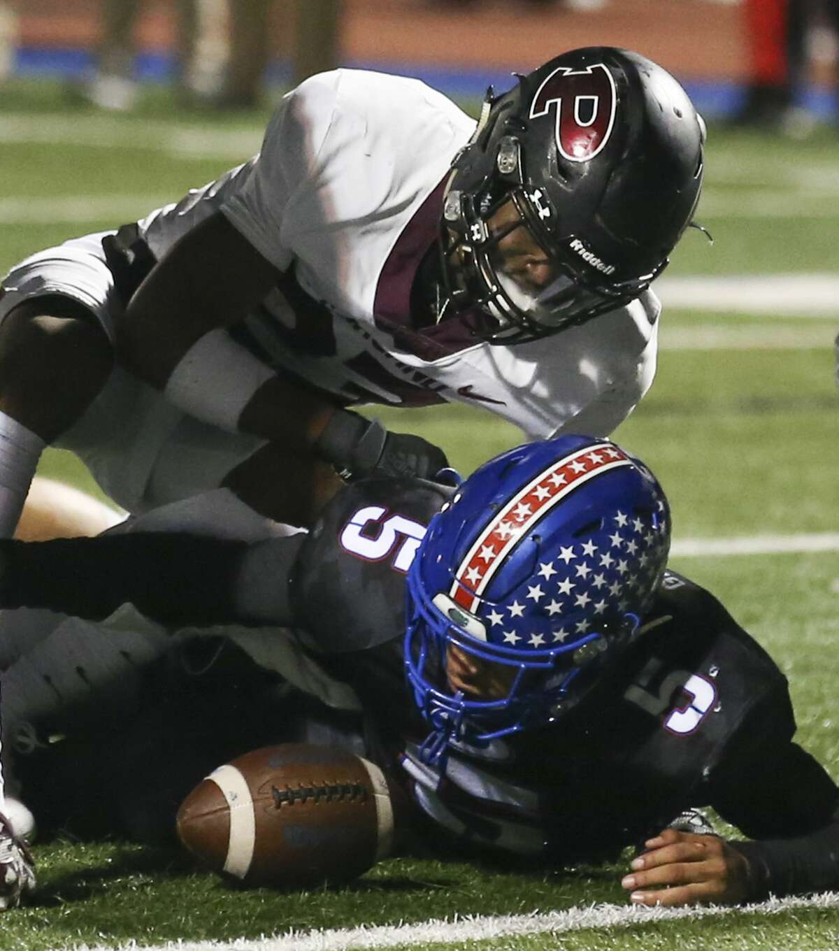 Colorado commit Dylan Dixon (top) is among the reasons Pearland is again considered the favorite to win District 23-6A.