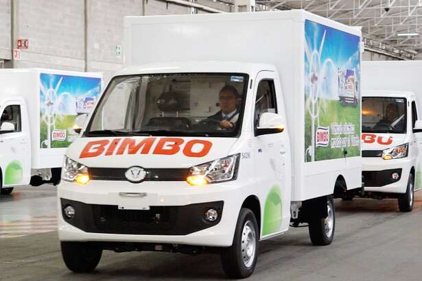 "Mexican bread maker Grupo Bimbo, a company with strong ties to the Houston area, is dabbling its toe in the electric vehicle business with plans for one of its subsidiaries to make more than 4,000 ""green"" delivery trucks that will be used on routes south of the border."