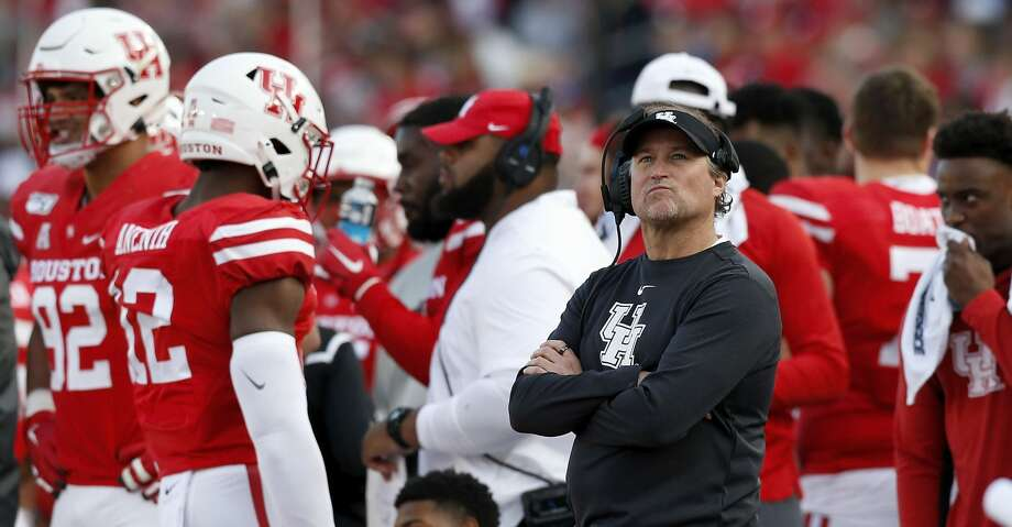 HOUSTON, TX - NOVEMBER 16:  Head coach Dana Holgorsen of the Houston Cougars looks to the scoreboard in the second quarter against the Memphis Tigers at TDECU Stadium on November 16, 2019 in Houston, Texas.  (Photo by Tim Warner/Getty Images) Photo: Tim Warner/Getty Images