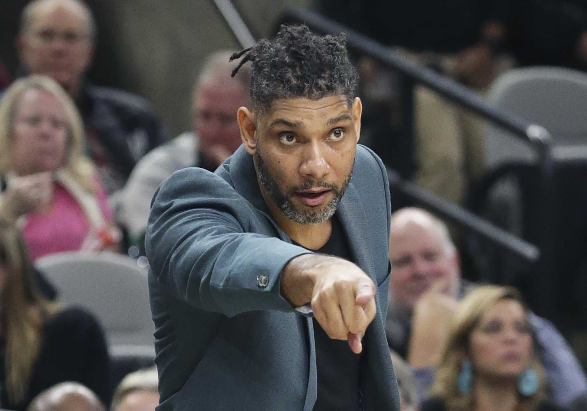 As Tim Duncan stays home, a gift keeps giving for Spurs