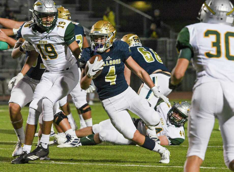 Alexander was eliminated from the playoffs with Saturday's 42-28 loss to McAllen Rowe. Photo: Danny Zaragoza /Laredo Morning Times