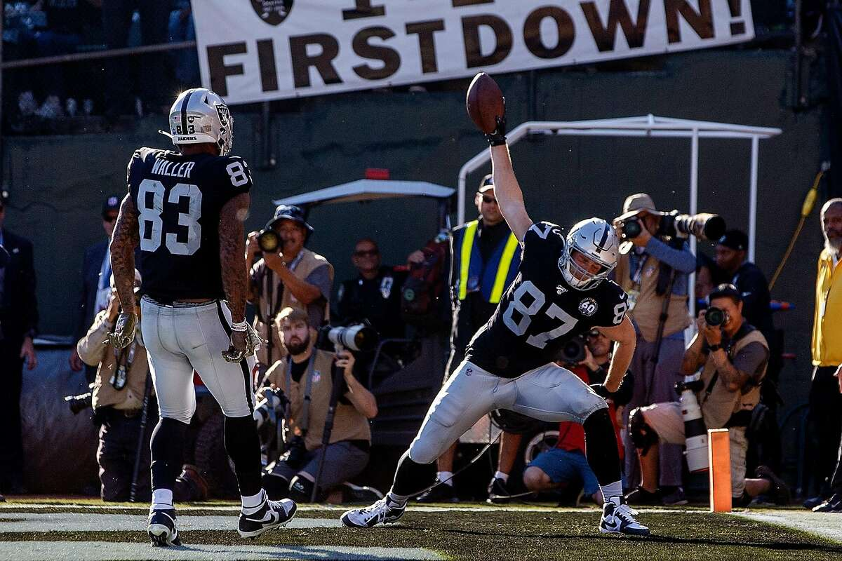 OAKLAND, CA - NOVEMBER 17: Tight end Foster Moreau #87 of the Oakland Raiders celebrates after scoring a touchdown against the Cincinnati Bengals during the second quarter at RingCentral Coliseum on November 17, 2019 in Oakland, California.