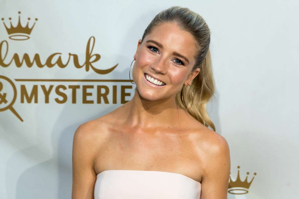 Actress Cassidy Gifford arrives for the 2017 Summer TCA Tour - Hallmark Channel And Hallmark Movies And Mysteries on July 27, 2017 in Beverly Hills, California. (Photo by Greg Doherty/WireImage)