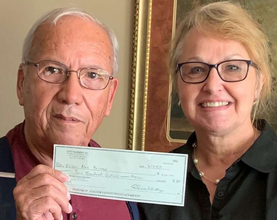 Alex Briceno, pictured with his wife, Gail, received a GEST Foundation grant to help pay for some of his expenses from his treatment for colorectal cancer. Photo: Courtesy Photo