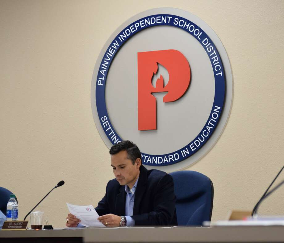 Plainview ISD Superintendent H.T. Sanchez explains the next steps after the School Board canvasses results from the Nov. 5 bond election. Photo: Ellysa Harris/Plainview Herald