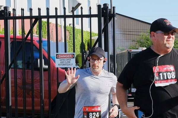 Cliff Saunders, reporter for Houston's NewsRadio 740 KTRH, quit smoking 10 years ago and began running a year ago. He plans to run the Aramco Half Marathon in January 2020.