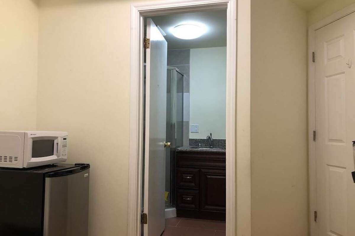 An in law unit in Ingleside for rent.