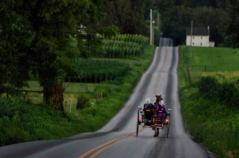A horse-drawn buggy in Lancaster County, Pa., in 2017. Photo: Washington Post Photo By Michael S. Williamson / The Washington Post