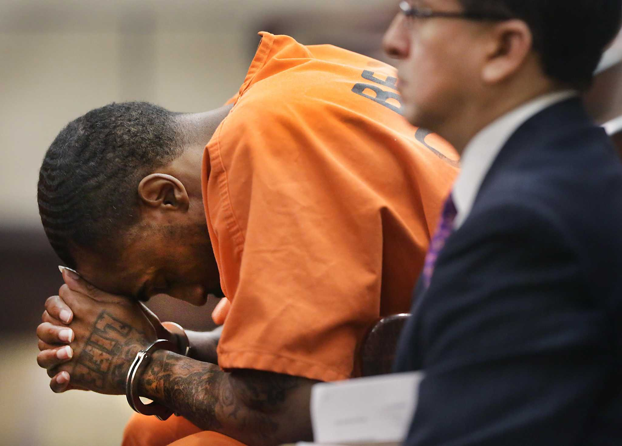 San Antonio man who shot girlfriend in head while he held baby sentenced to life in prison - San Antonio Express-News