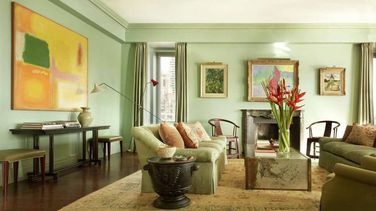 Living Room of a collector, Apartment on Beekman Place, New York.