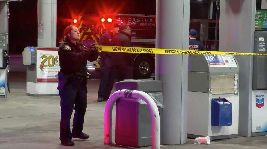 Harris County Sheriff's Office deputies investigate after three women were shot during a massive brawl Tuesday, Nov. 19, 2019. Photo: OnScene.TV