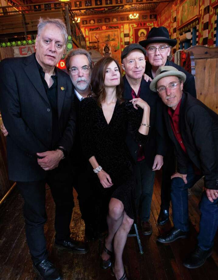 10,000 Maniacs will perform at the Fairfield Theatre Company on Nov. 23 and 24. Photo: Jeff Fasano / Contributed Photo