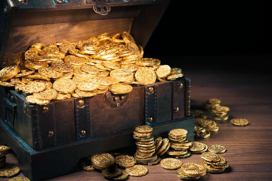 Houstonians will have the chance to win $100,000 in gold and silver coins through a real-life treasure hunt headed for Houston next month. Photo: Getty Images
