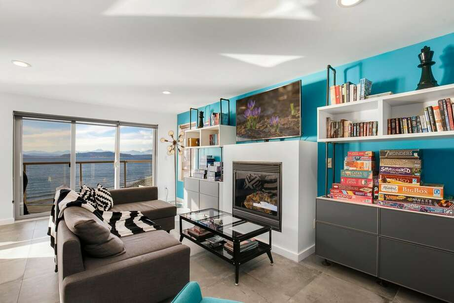 Occasional vacation home or vacation all the time: this $7.5K condo sits right on Alki Beach.  Photo: Redfin