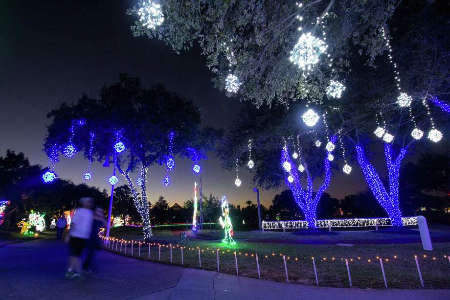Moody Gardens' Festival of Lights Photo: Photo Courtesy Moody Gardens / Photo Courtesy Moody Gardens