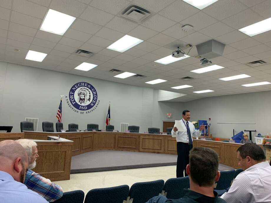 Port Neches-Groves ISD Superintendent Mike Gonzales addresses voters ahead of a 2019 bond issue. Photo taken Sept. 9, 2019. Photo: Isaac Windes