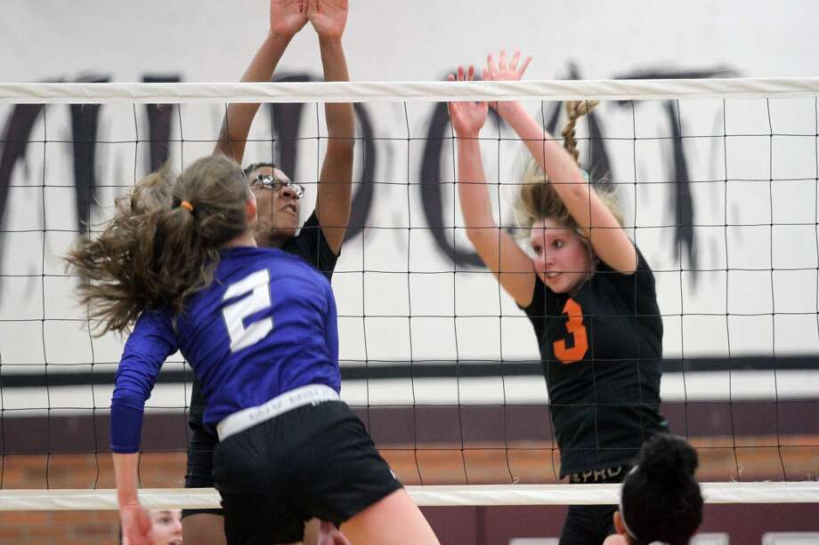The Ubly Bearcats dropped a state quarterfinals matchup in straight sets against Southfield Christian on Tuesday, Nov. 19. Photo: Eric Rutter / Huron Daily Tribune