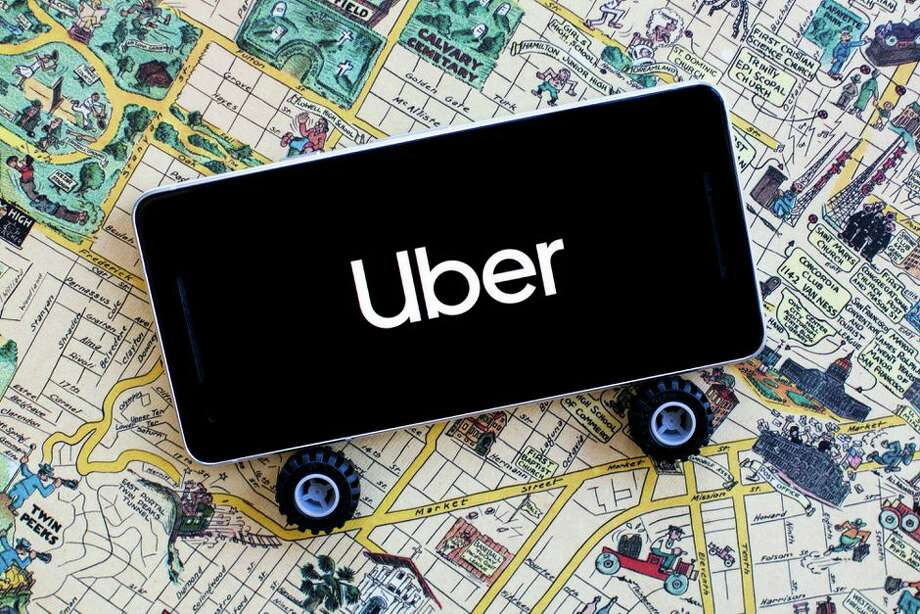 Uber's new call-in feature harkens back to the days of taxis. Photo: Angela Lang/CNET