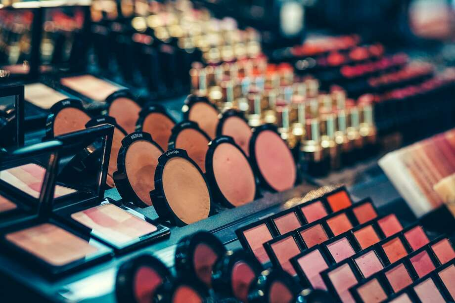 A massive makeup blowout sale is coming to San Antonio, selling high-quality products at low prices from 10 a.m. to 5 p.m. on Dec. 13-15 at the La Quinta Hotel at 4431 Horizon Hill Boulevard. Photo: Igor Ovsyannykov / EyeEm/Getty Images/EyeEm