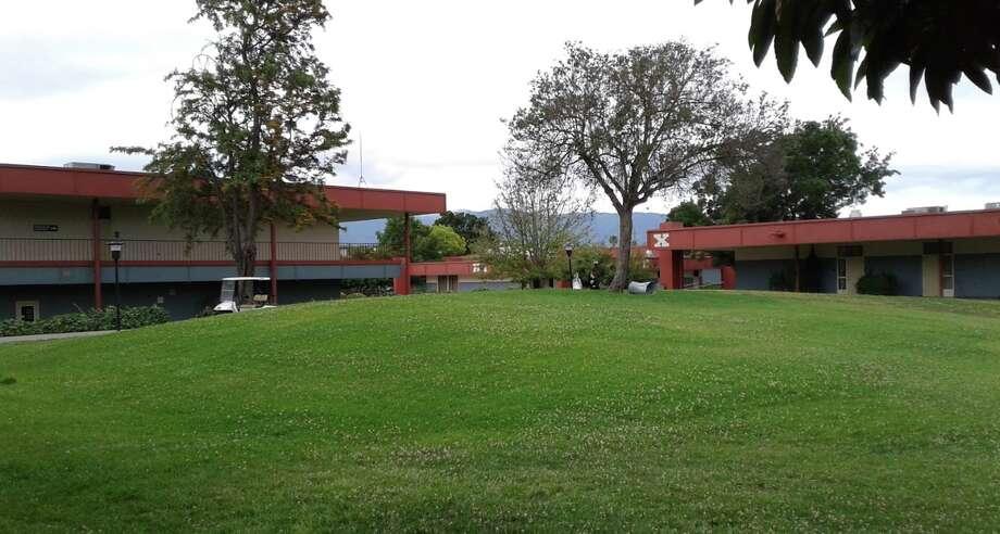 Oak Grove High School in San Jose, where the suspicious device was discovered. Photo: Google Maps