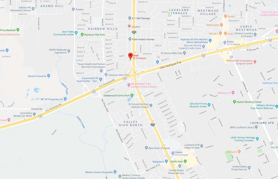The Texas Department of Transportation said it will close a lane on U.S. 90 that could impact Thursday evening rush hour, according to a tweet Wednesday from the department. The map shows the approximate area that will be impacted by the lane closure. Photo: Google Maps