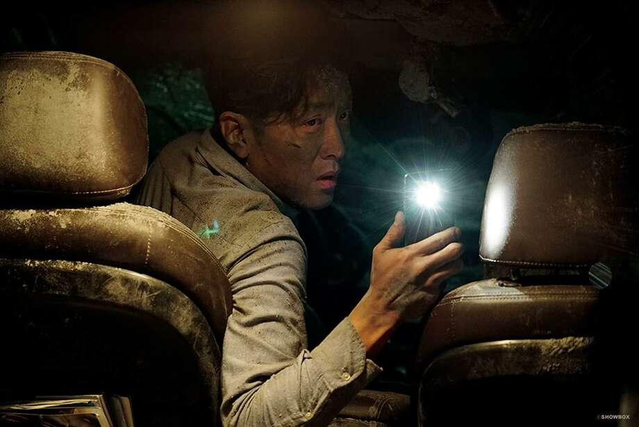 "Ha Jung-woo in the movie ""The Tunnel"" Photo: WellGo USA"