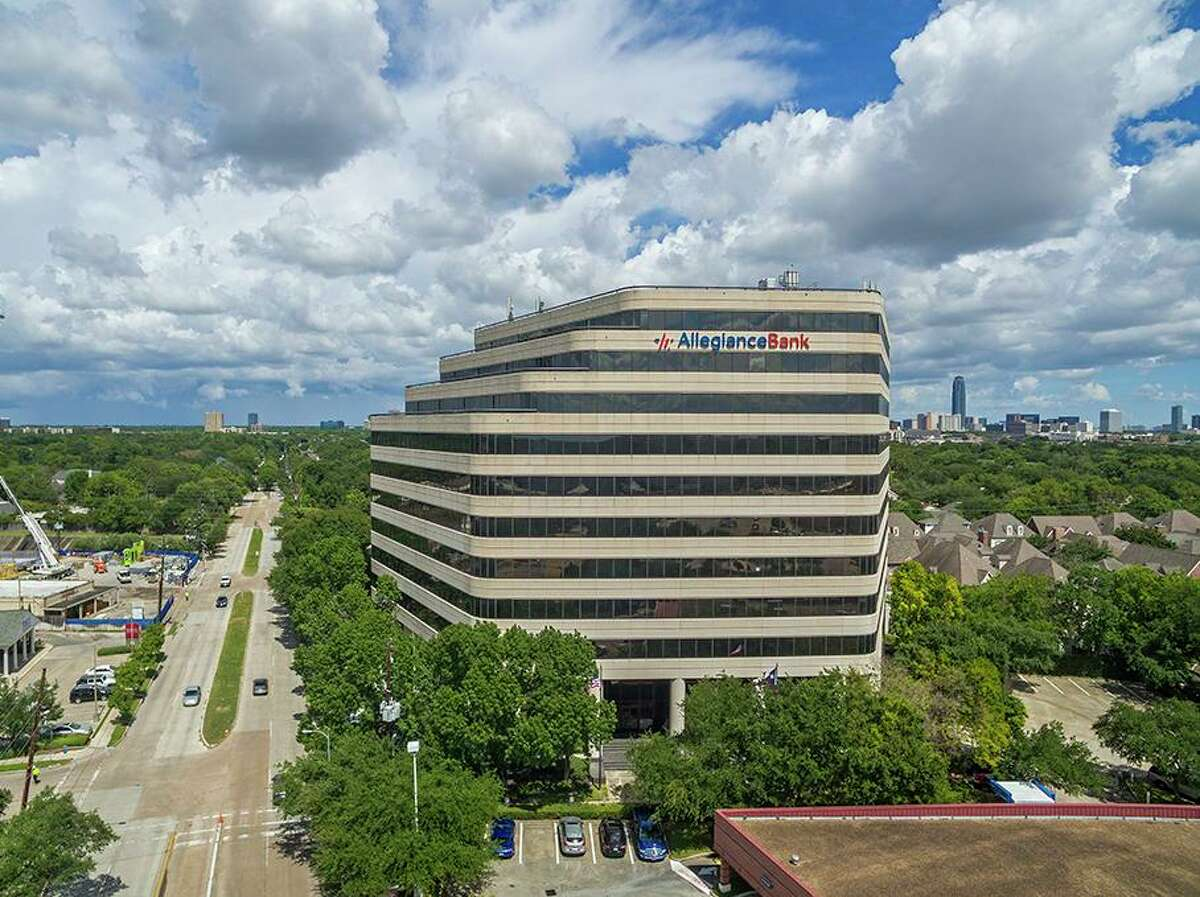 Austin-based CapRidge Partners purchased a three office buildings in the Tanglewood area including 6363 Woodway from a partnership of Unilev Capital Corp. HFF marketed the portfolio for the seller.