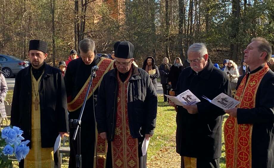 Local dignitaries and citizens remember Ukrainian famine victims during a Holodomor ceremony in Cohoes on Saturday, Nov. 16, 2019. Photo: Andrij Baran
