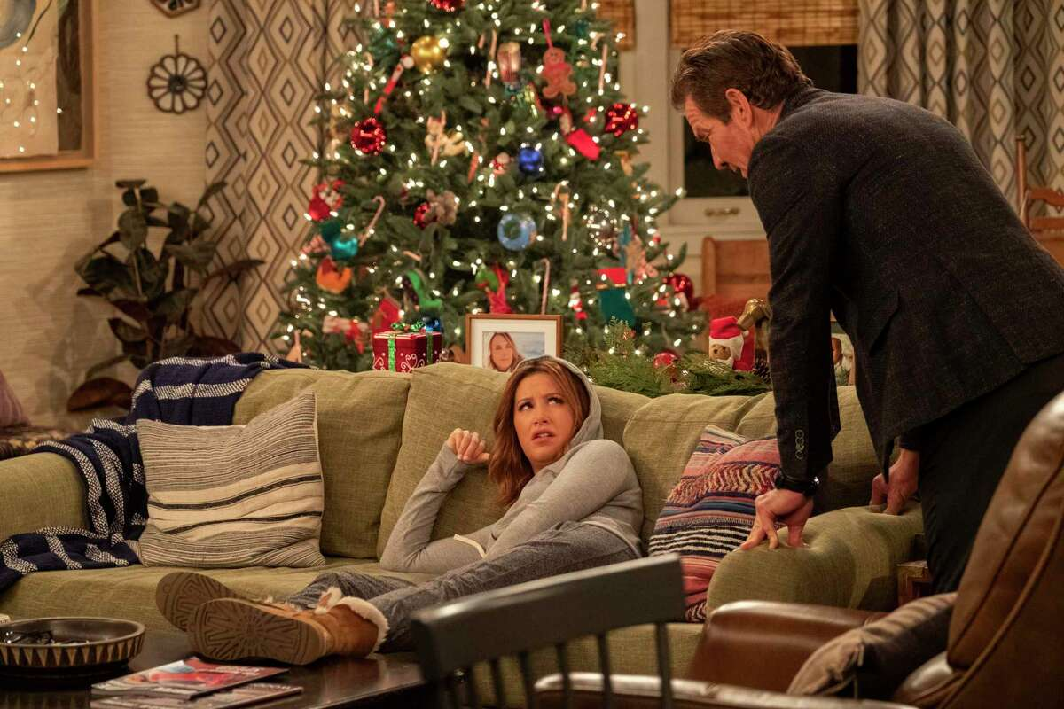 """Dennis Quaid and Ashley Tisdale play father and daughter in """"Merry Happy Whatever,"""" a new eight-part holiday series on Netflix."""