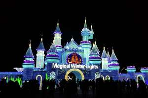 Magical Winter Lights    Nov. 15, 2019 - Jan. 5, 2020 1000 FM 2004, La Marque The largest lantern festival in the U.S. features 20 acres of life-size light displays as well as acrobatic performances, carnival rides and games and more.