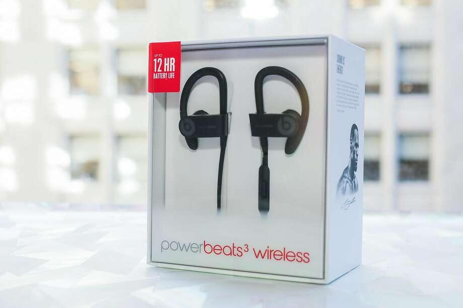 Beats Powerbeats3 Wireless Earphones Photo: Sarah Tew / Cnet