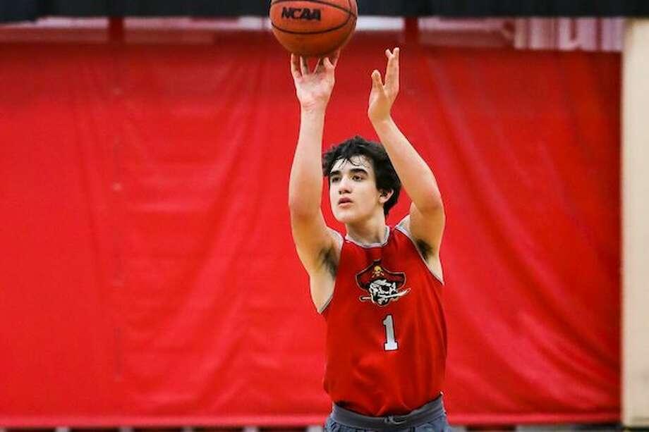 Isa Silva, Jesuit Basketball Photo: SportStars Magazine