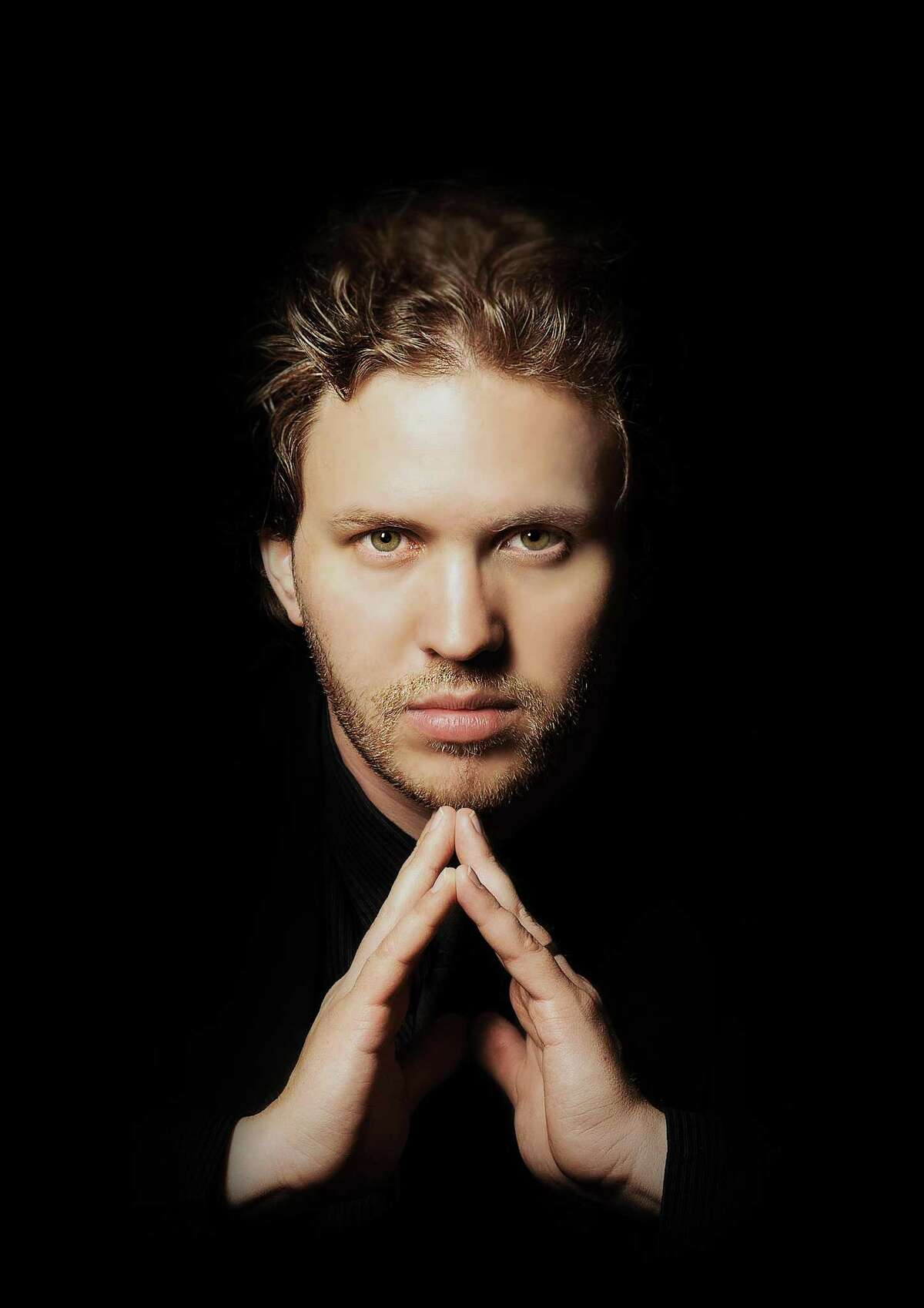 David Danzmayr will be serving as guest conductor for the San Antonio Symphony.