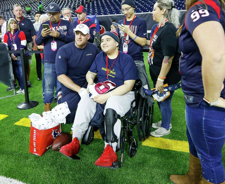 Houston Texans J.J. Watt spends time with Anthony Murillo, 18, of Crosby with Make-A-Wish before the start of an NFL football game at NRG Stadium, Thursday, Nov. 21, 2019, in Houston. Photo: Karen Warren, Staff Photographer / © 2019 Houston Chronicle