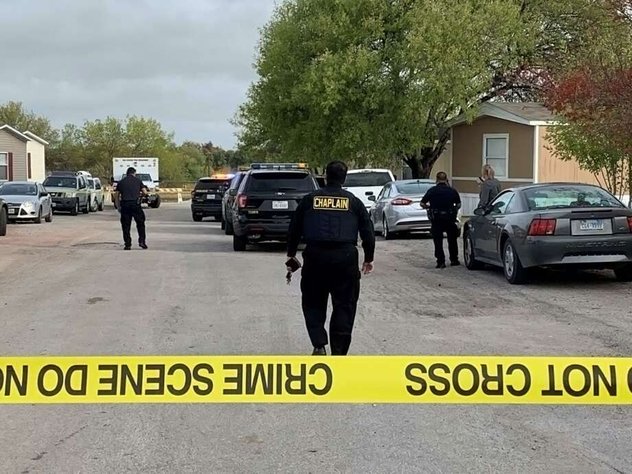 A husband and wife are dead after a domestic incident led to a murder-suicide Thursday in a South Side home, San Antonio police said. Photo: Taylor Pettaway, Staff / San Antonio Express-News