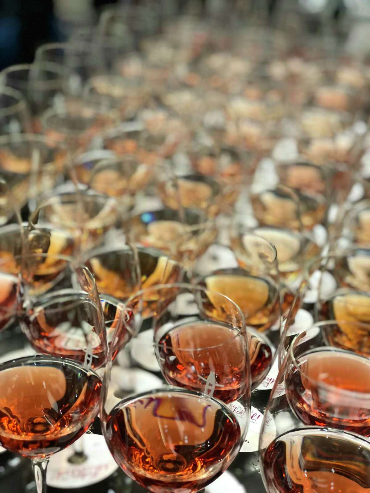 Wine aficionados judged a record3,528 entries from 19 countries in the 2019 edition of theRodeo Uncorked! International Wine Competition. In the end,Piper-Heidsieck Brut prevailed, becoming the first Champagne to be named Grand Champion Best of Show in the history of the competition.