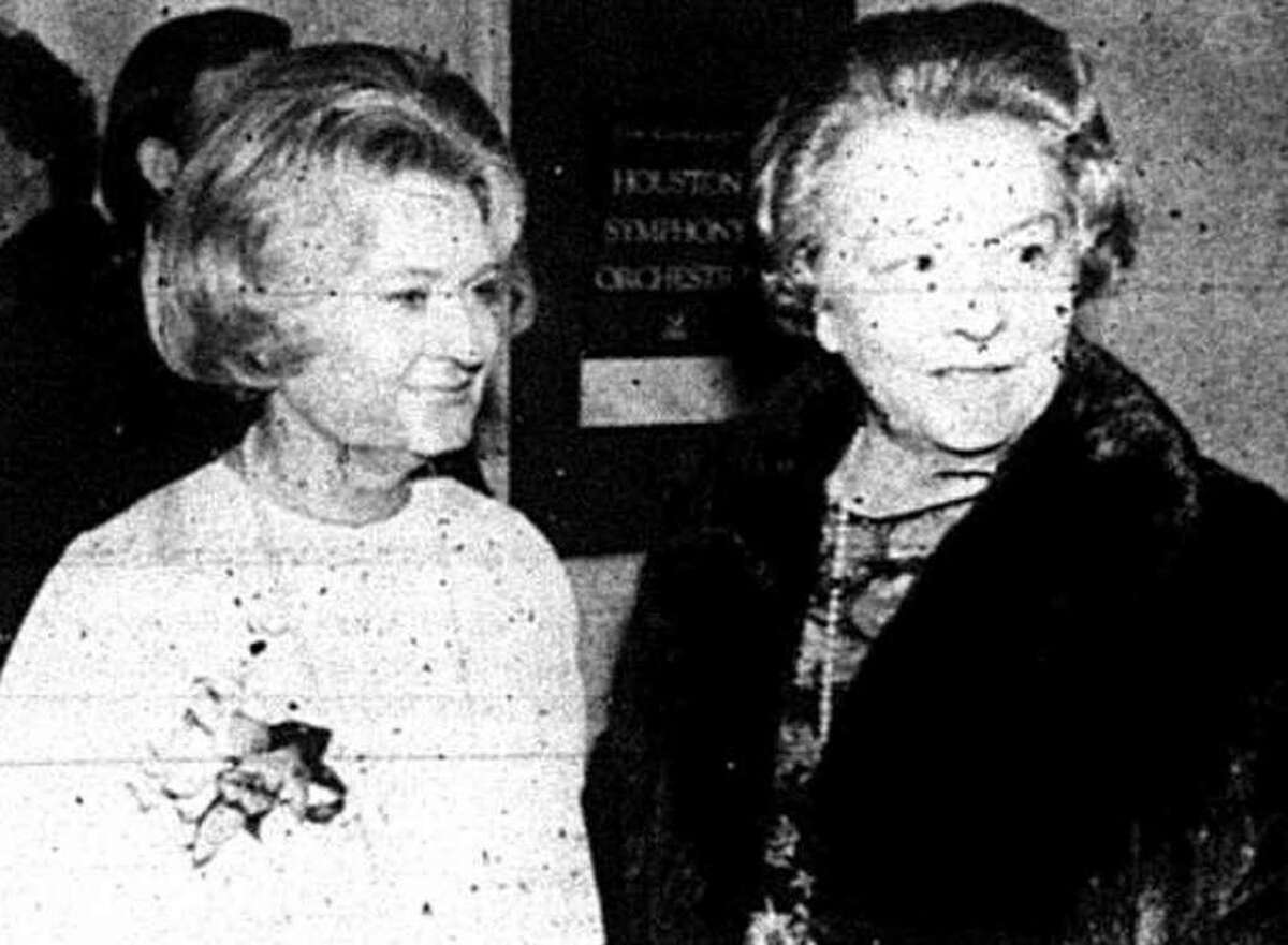 Virginia Ruth Clarke, left, chair of the Montgomery County Association for the Performing Arts, and Hallie Crighton Guthrie at the reopening of the Crighton Theatre on Jan. 25, 1979.