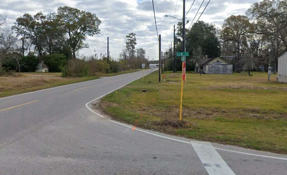 The intersection of W Riley Fuzzel and Elm Street. Harris County Commissioners recently approved a construction contract for the widening of the road between Elm Street and 1,375 feet west of West Hardy Road. Photo: Google Maps
