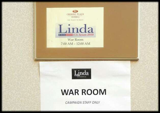 The sign outside of the Linda McMahon War Room at the Crowne Plaza Hotel, Cromwell, Conn., Tuesday evening, august 10, 2010. Photo: Bob Luckey / Greenwich Time