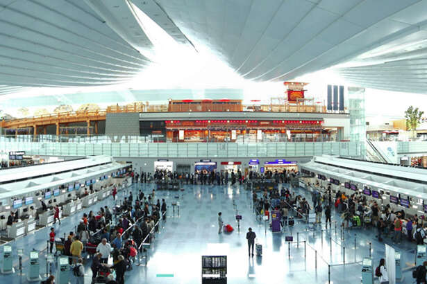 ANA, Japan Airlines and other carriers are shifting more Tokyo flights to Haneda Airport.