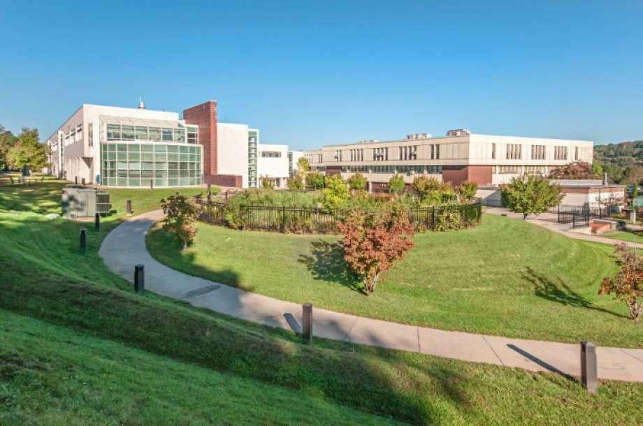 Ridgefield High School Photo: Ridgefield High School / Contributed Photo