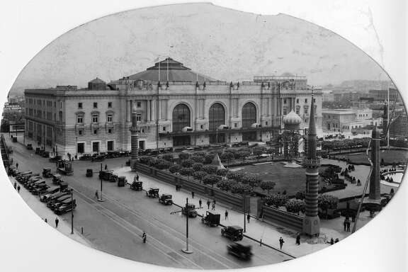 The Civic Auditorium, now known as the Bill�Graham Civic, , Probably the 1920s
