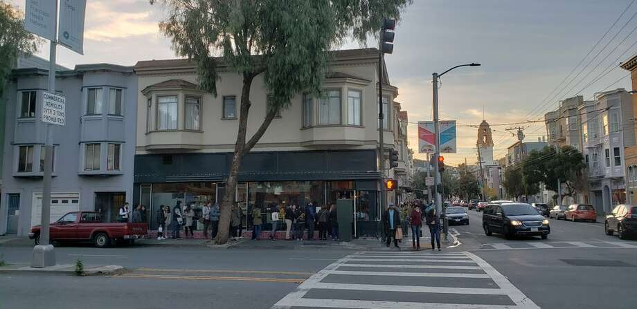 Tartine Bakery on Guerrero Street had its license to operate suspended Friday by the Department of Health after two separate inspections of its kitchen facilities. Photo: Simon C. / Yelp