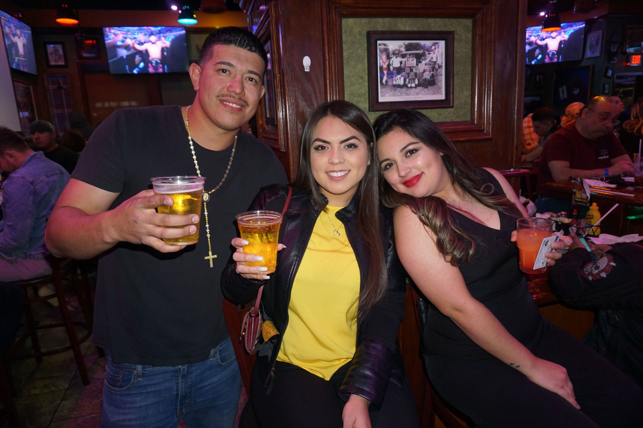 Ana Brenda Contreras 2010 photos: locals spotted out & about in the border nightlife