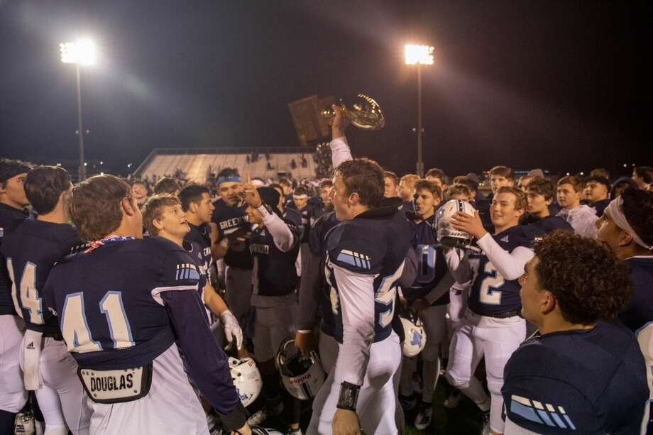 Greenwood celebrates winning against Aubrey for the Class 4A Division II area playoff game Friday, Nov. 22, 2019 at Clyde Football Stadium. Jacy Lewis/Reporter-Telegram Photo: Jacy Lewis/Reporter-Telegram