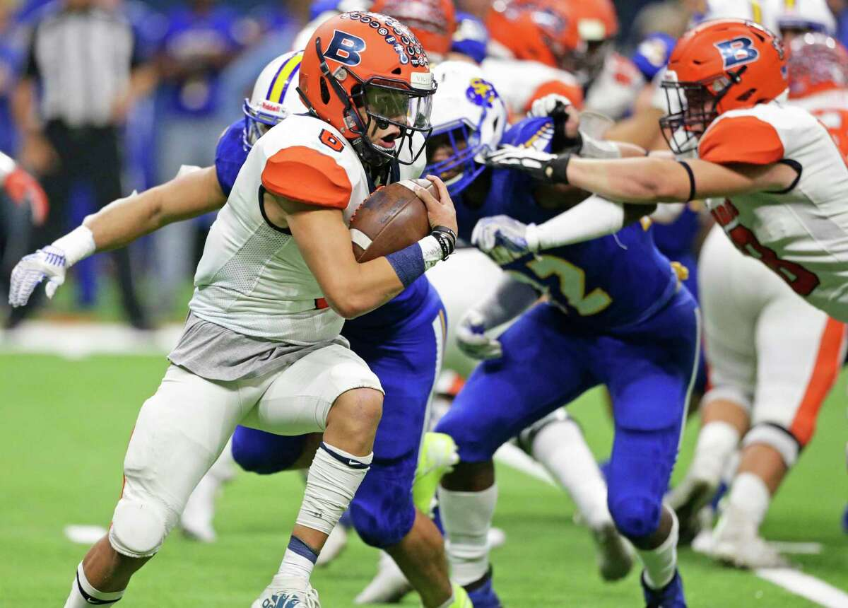 Jordan Battles heads around the right side for the Broncos as Brandeis plays Clemens in the second round of high school football playoffs at the Alamodome on Nov. 22, 2019.