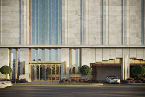 Randall Davis is planning to build The Paramount, a 25-story condominium tower on Westheimer near Weslayan.